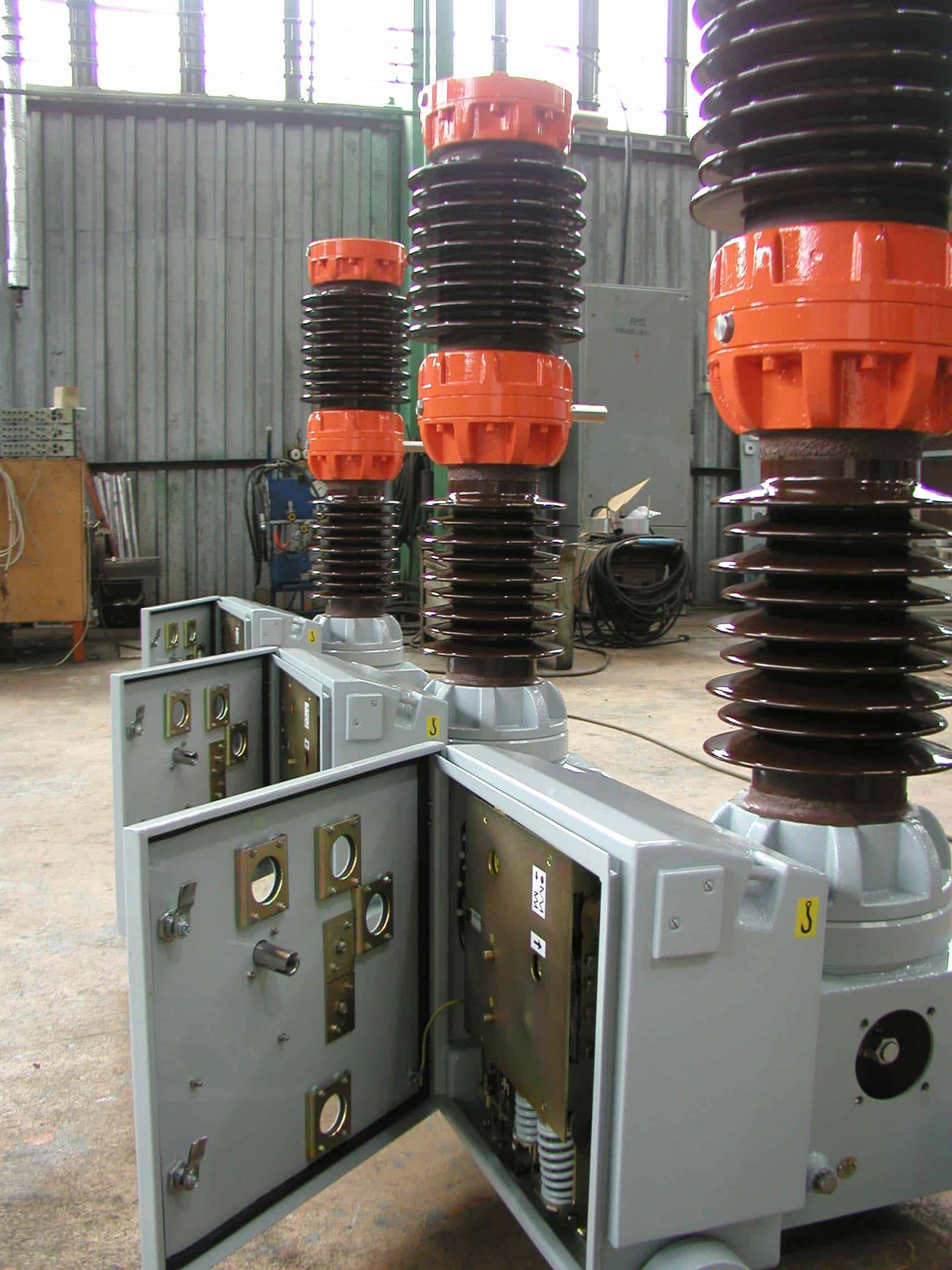 Circuit breakers medium voltage