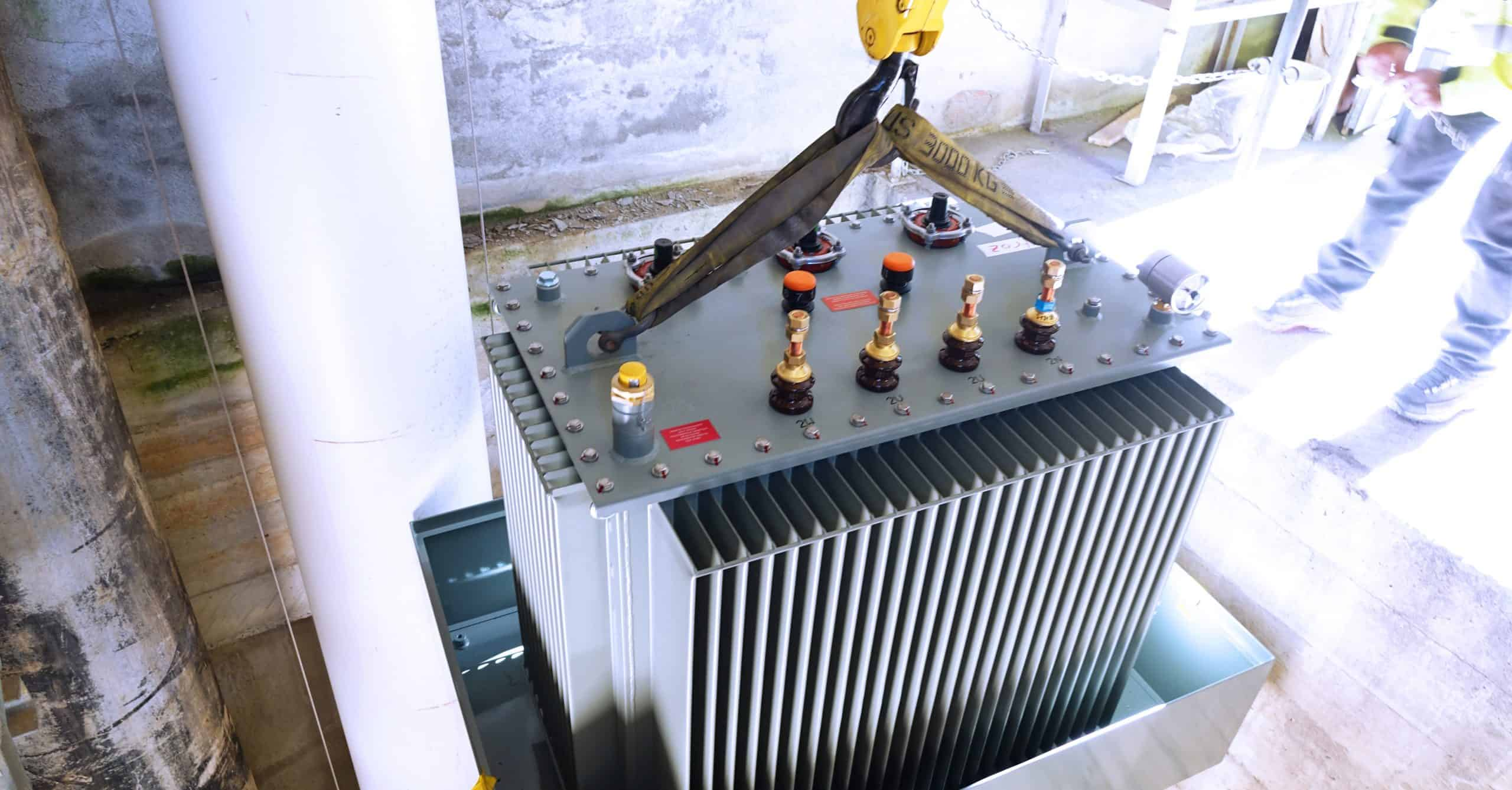 Installation distribution transformer in Switzerland