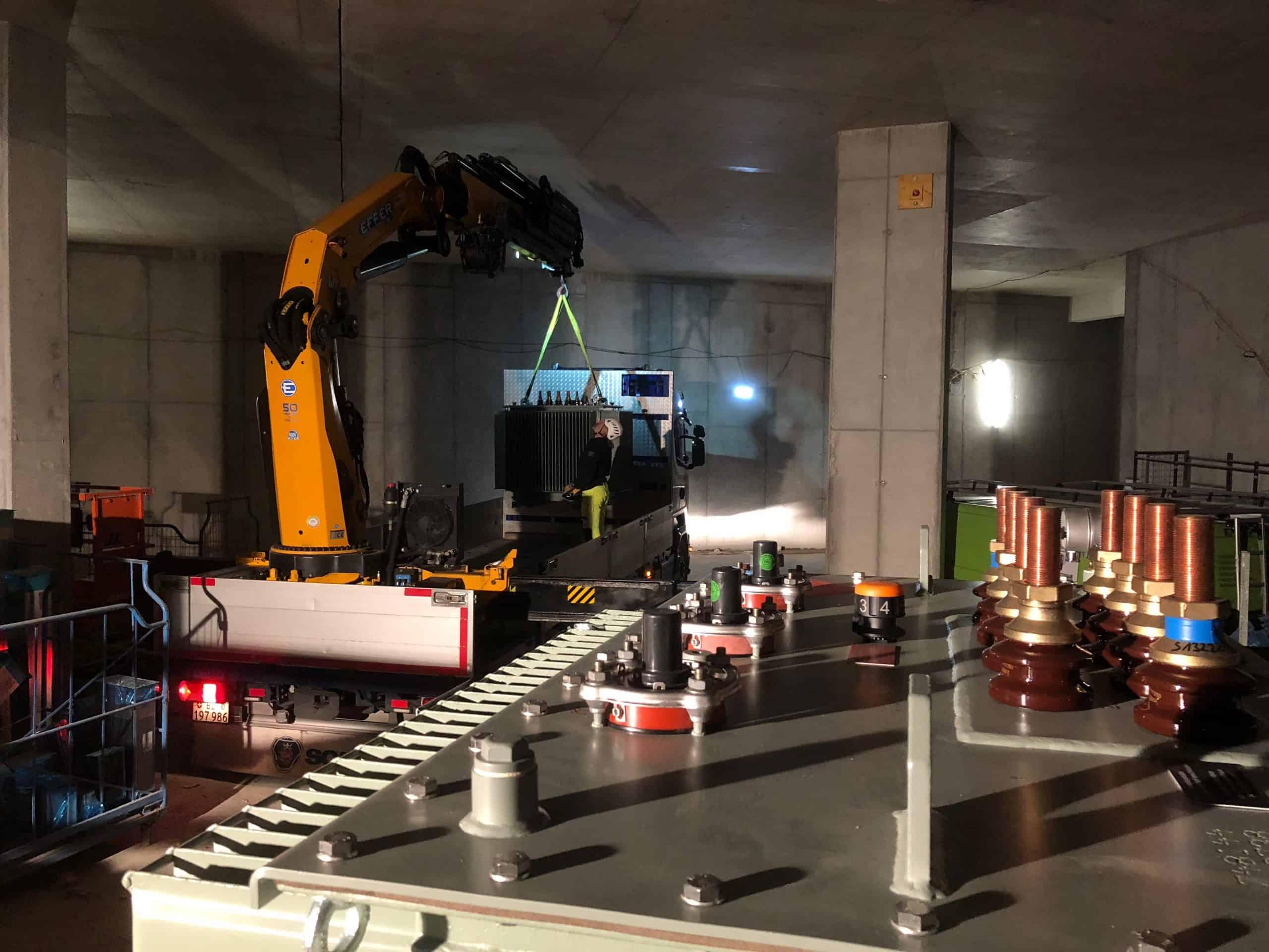 Installation of distribution transformer for Circle Switzerland
