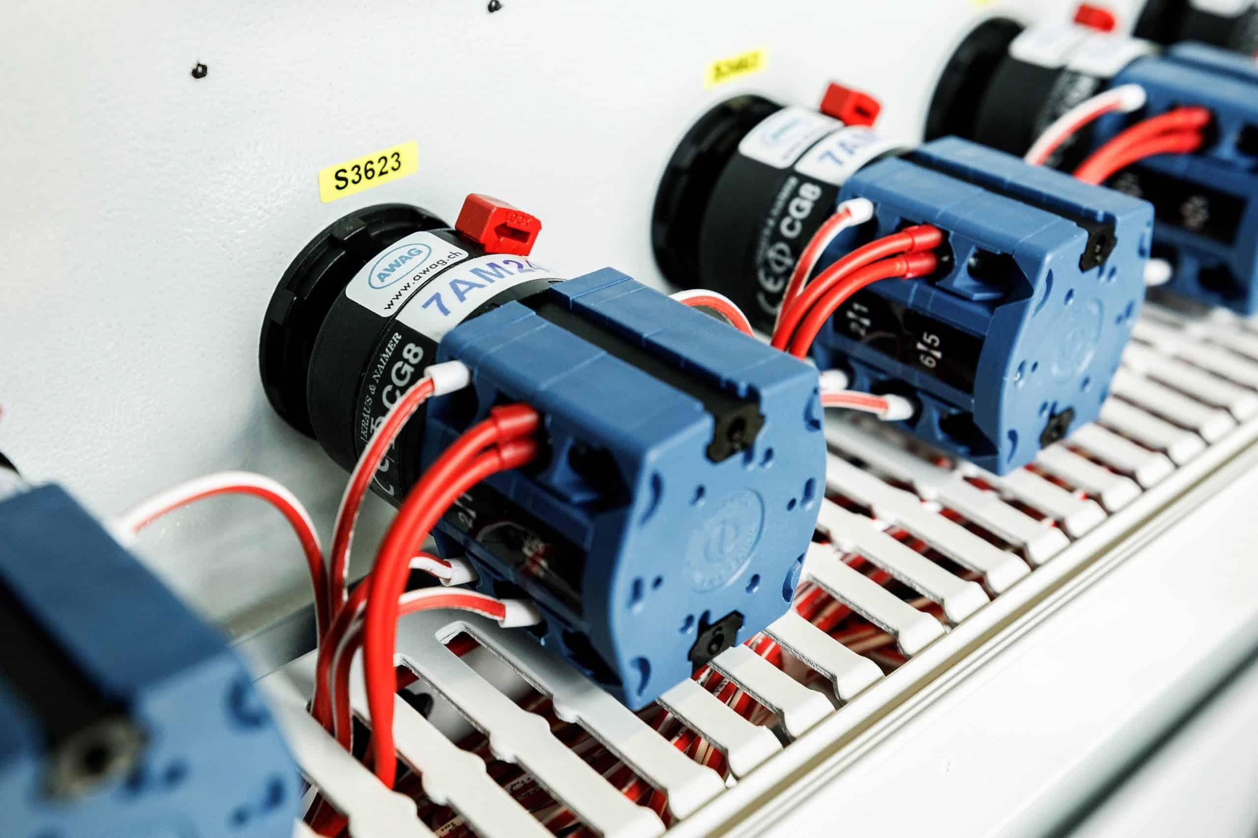 Rauscher & Stoecklin switches