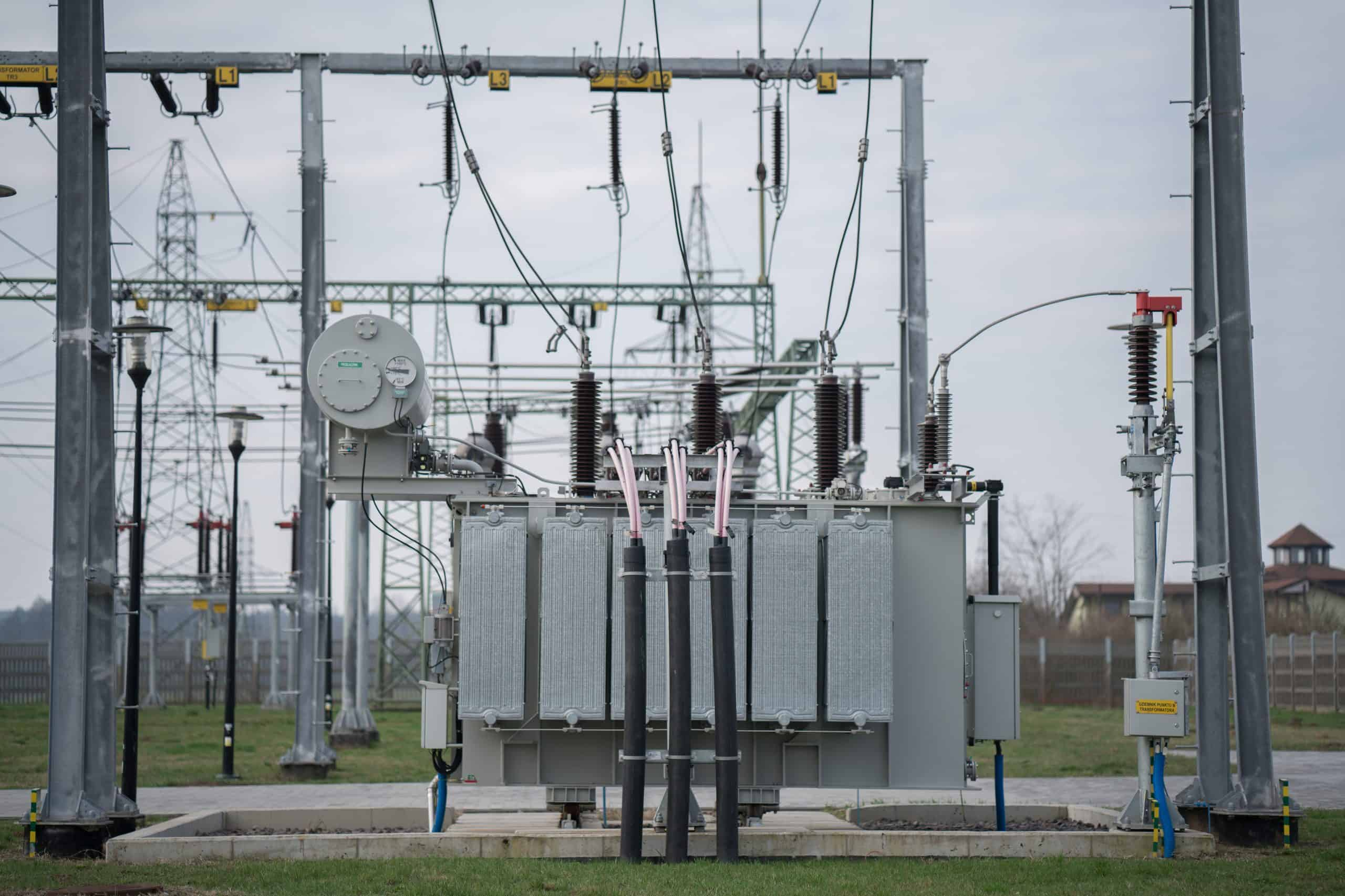 Transformer power distribution